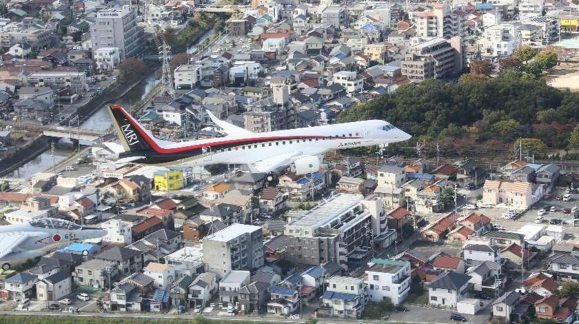 MRJ-First-Flight