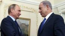 Netanyahu-and-Putin-shake-hands