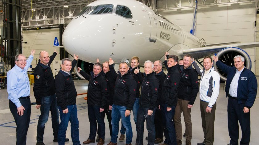 Bombardier and SWISS teams CS100