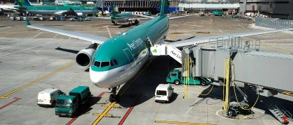 Dublin+Airport+-+Aer+Lingus+aircraft+on+the+apron+at+Dublin+Airport