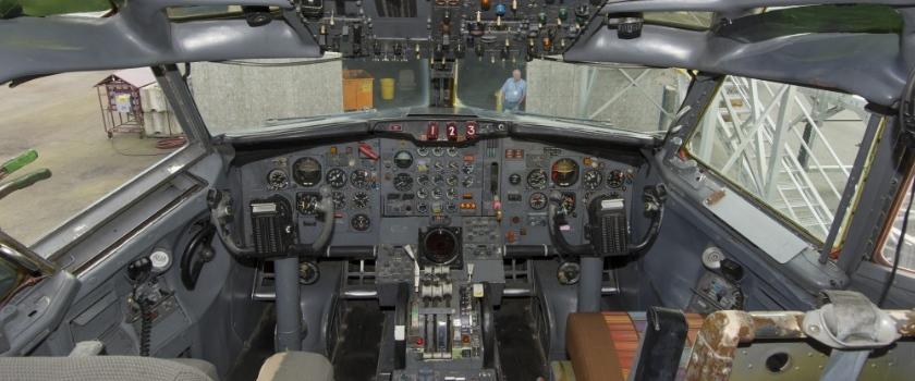 788_7312_Cockpit_3000-1024x683