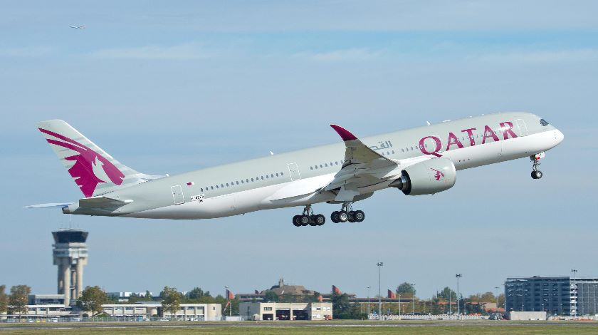 qatar airways urges airbus to resolve a350 39 issues. Black Bedroom Furniture Sets. Home Design Ideas