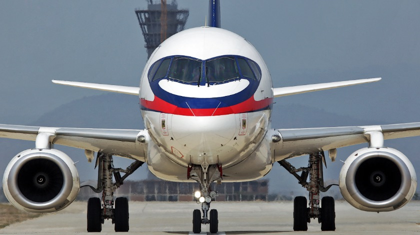 SuperJet Emergency Slide Changes upload.wikimedia.org