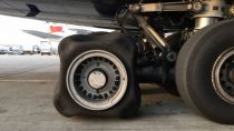 british-airways-a380-square-tire-g-xleb