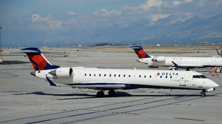Delta Flight Returns To Jacksonville After Reports of Engine Fire