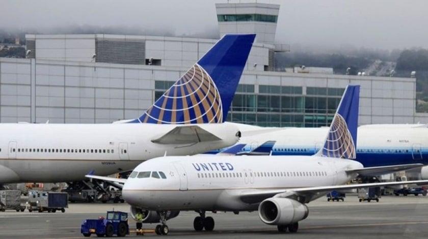 United Flight Lands Safely After Landing Gear Problem