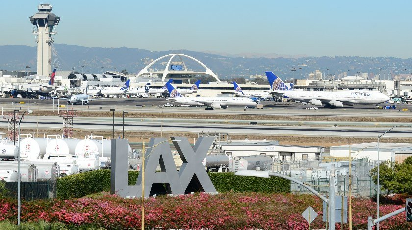 LAX Gets $4m FAA Grant For Project To Reduce Airport Ground Emissions