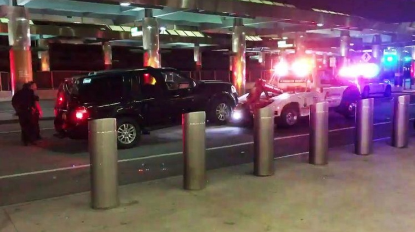abandoned-vehicle-prompts-evacuation-of-laguardia-airport-terminal