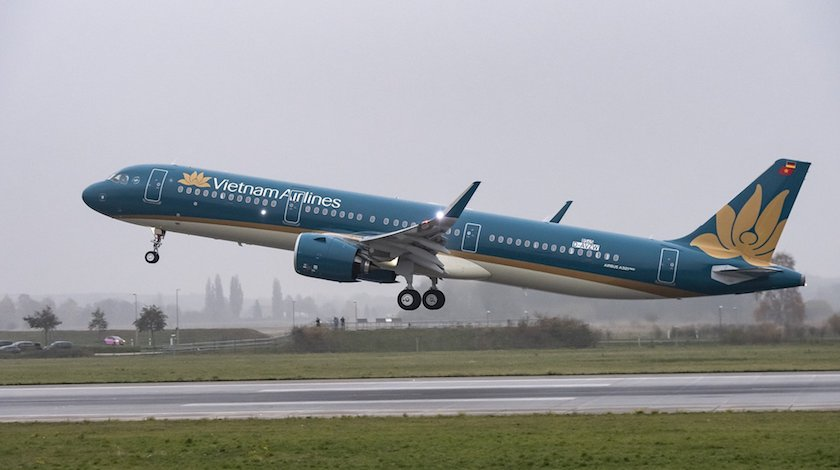 first airbus a321neo joins vietnam airlines fleet. Black Bedroom Furniture Sets. Home Design Ideas