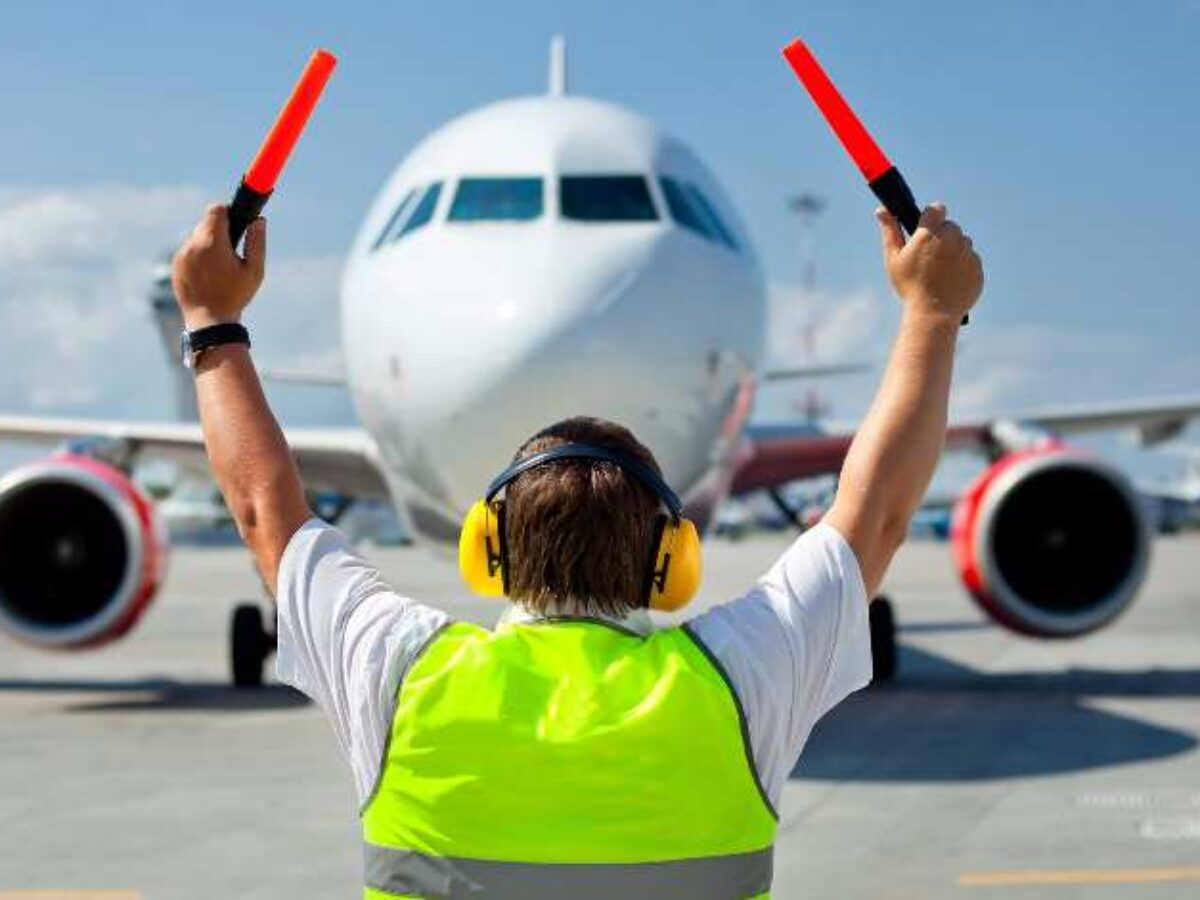 Aircraft Ground Handling System Market to Reach $190bn by 2025
