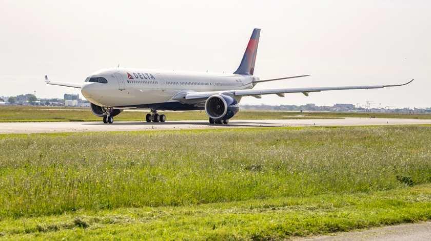 Resultado de imagen para Delta Air Lines A330-900neo png