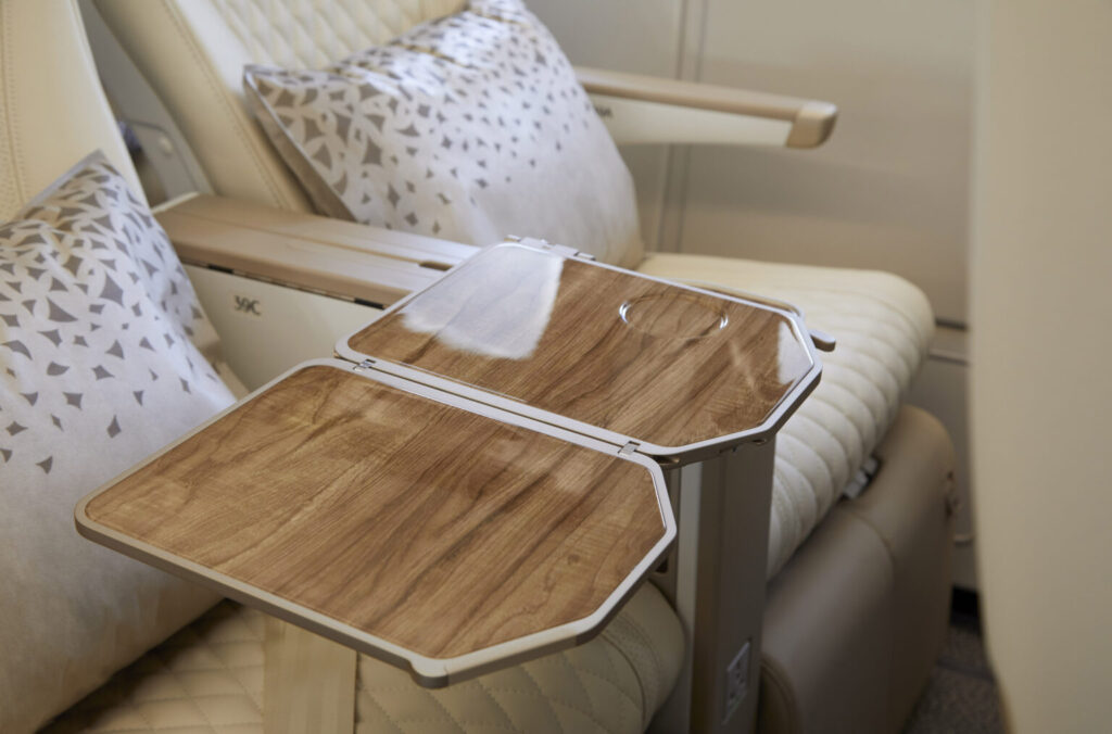 Emirates_Airlines_Premium_Economy_a_wood_effect_table