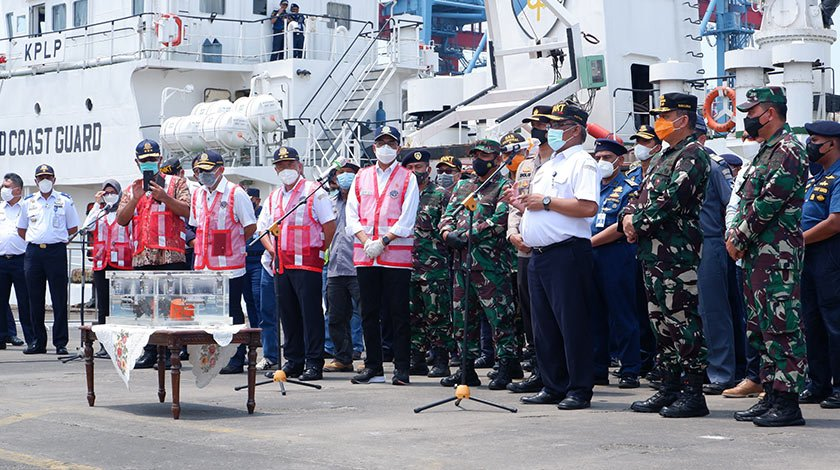 Indonesian Navy Recovers Cockpit Voice Recorder of Sriwijaya Air jet